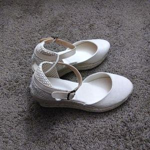Soludos women's closed-toe espadrille wedge sandal